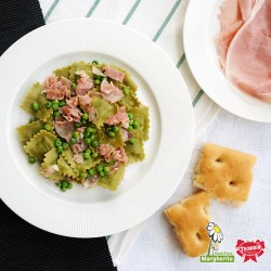 Agnolotti di Magro avec jambon cuit et petits pois