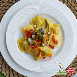 Agnolotti alla Norma aux poivrons, gorgonzola et noix