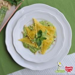 Triangoli - Zucchine e Caprino con pesto di zucchine, mandorle e menta