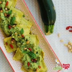 Agnolotti di magro con zucchine, pinoli e bacche di goji