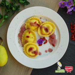 Gransole Bufalotto e scamorza con salsa di pere al Barolo